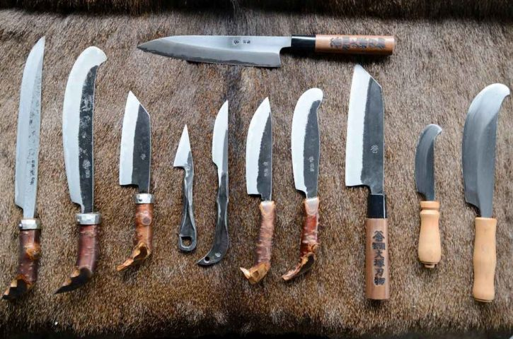 Which are the different types of kitchen knives?